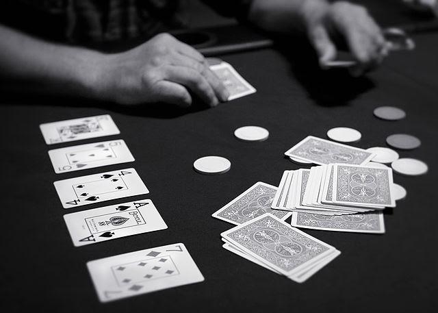 Những lưu ý khi chơi bài poker