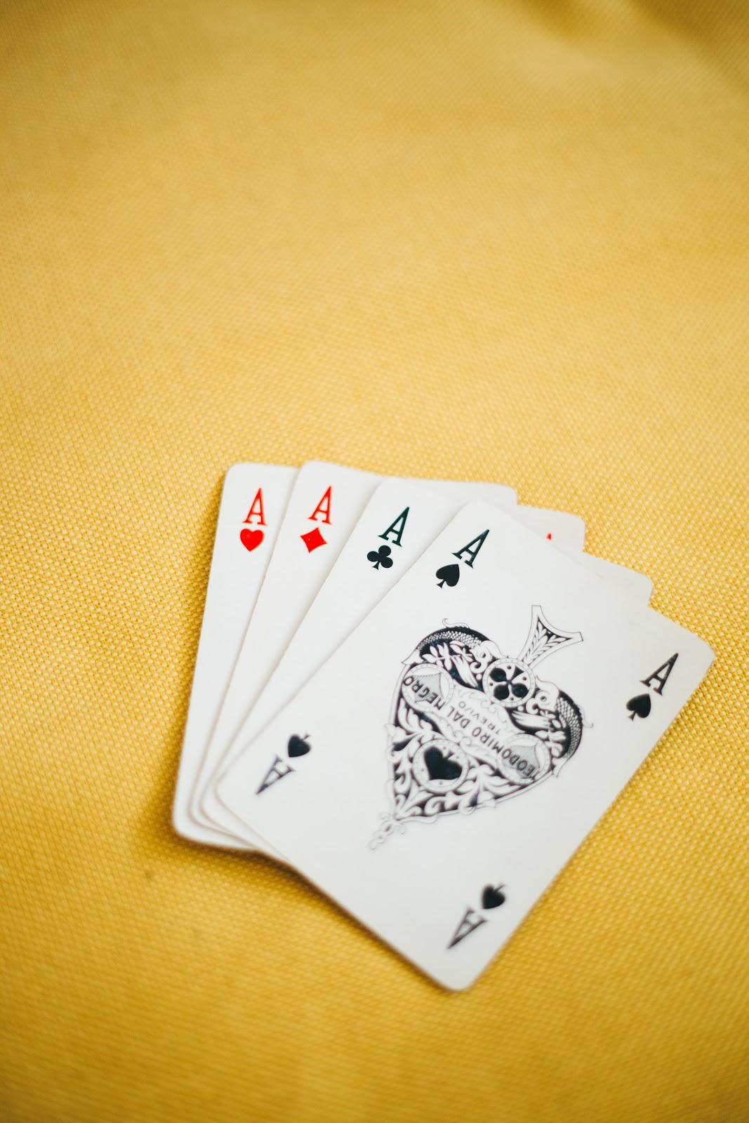 Cách chơi bài tiến lên miền trung