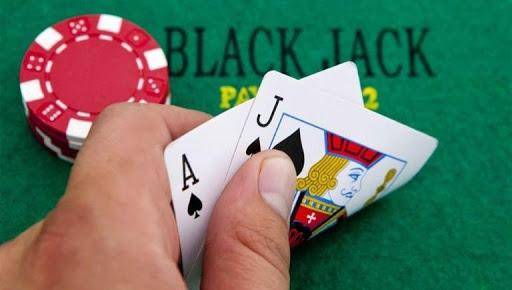 Khả năng quan sát đóng vai trò quan trọng khi chơi bài xì dách