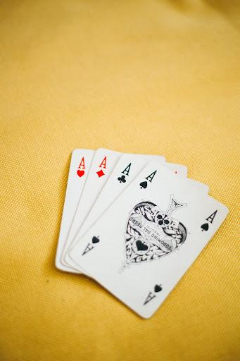 Những lưu ý khi chơi bài mậu binh mà mọi người cần nắm rõ