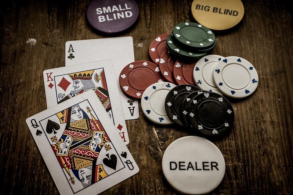 Luật chơi xì tố ăn tiền đơn giản dễ hiểu cho những người mới bắt đầu.